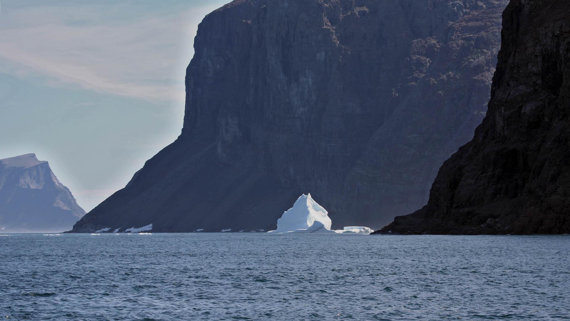 Northern Labrador fjord -  Dirk Rijkers