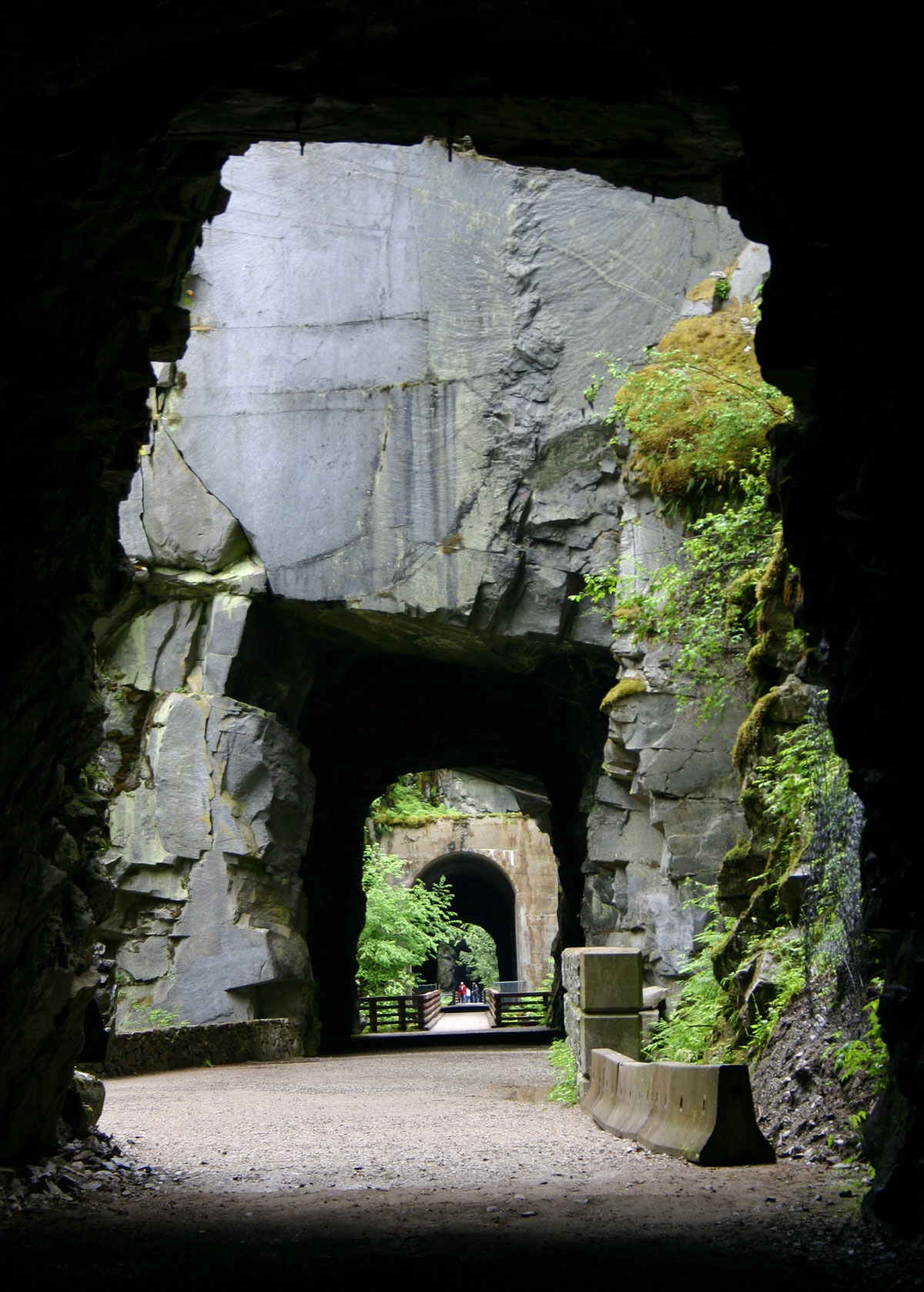 Othello Tunnels, Hope BC