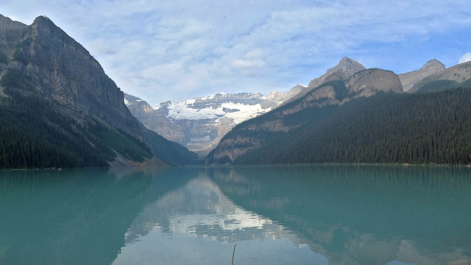 Lake Louise, Banff NP, Alberta - Ana Jaumendreu