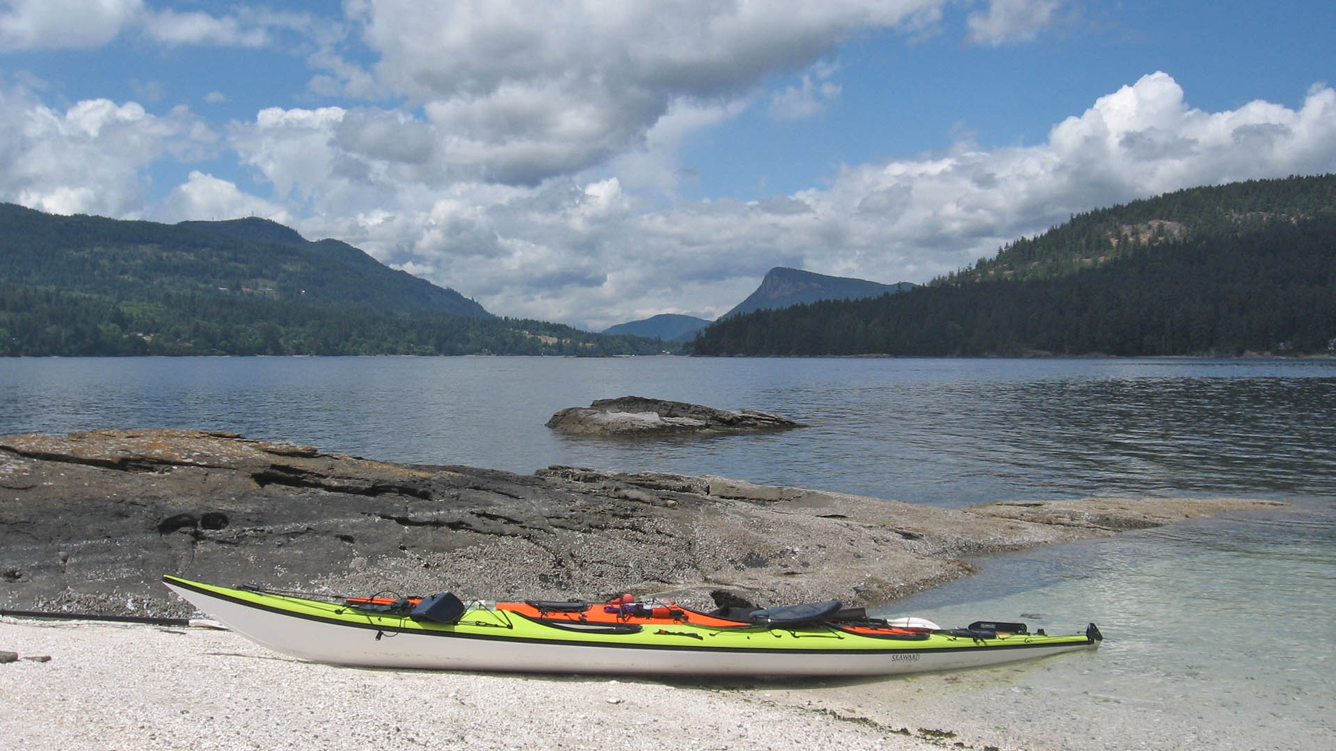 Kayaking aroung Salt Spring Island, BC, with Nature Trek Canada
