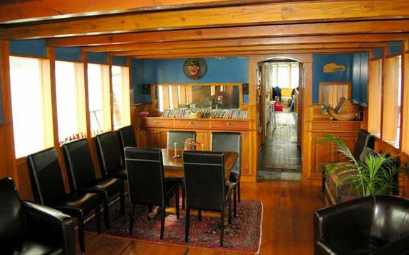 Innchanter Lounge
